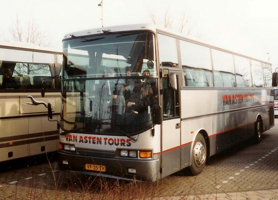 Nr 3 LAG Panoramic kwam in 1992 van Rosta tours.jp
