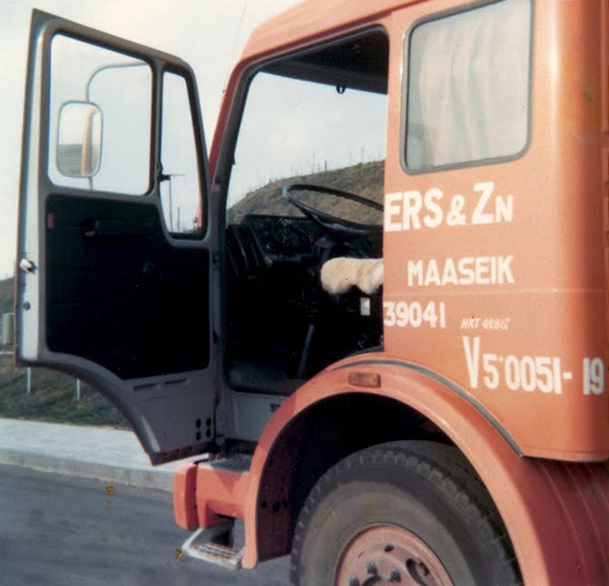 MB 26-12 M  1977 A 61