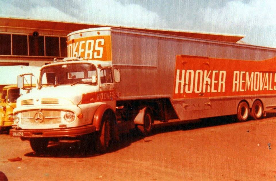 18 Hookers Removal LS1418