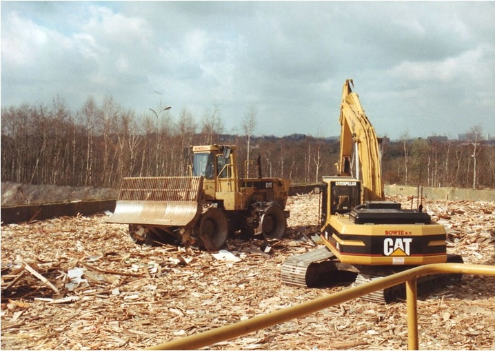 Brunssum Cat 325  -  826 C.