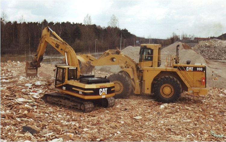 Brunssum Cat 325 - 990