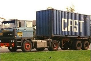 DAF 2800 met container