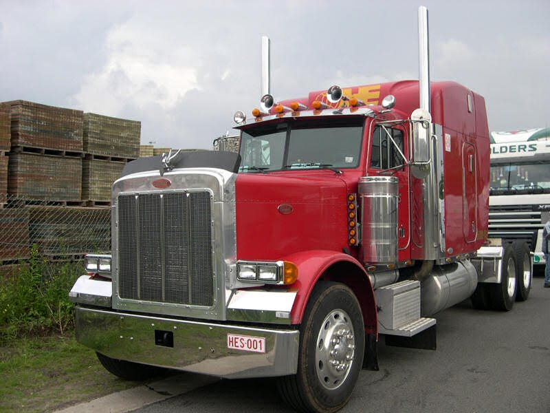 Peterbilt-Essers-Habraken-
