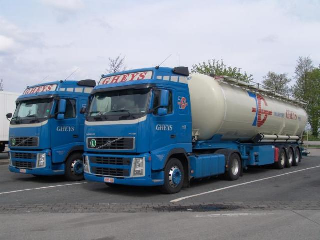 2 Volvo FH