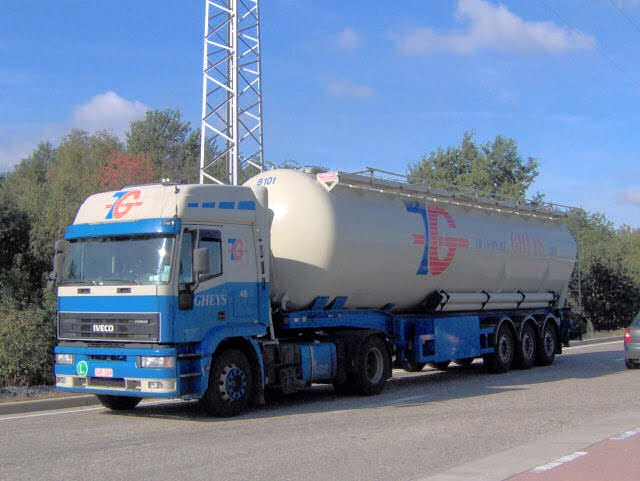 Iveco-EuroTech-Gheys-Rouwet-