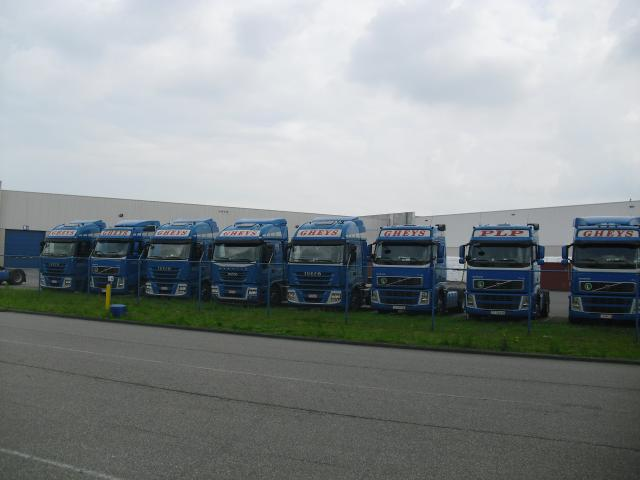 Parking Volvo           Iveco
