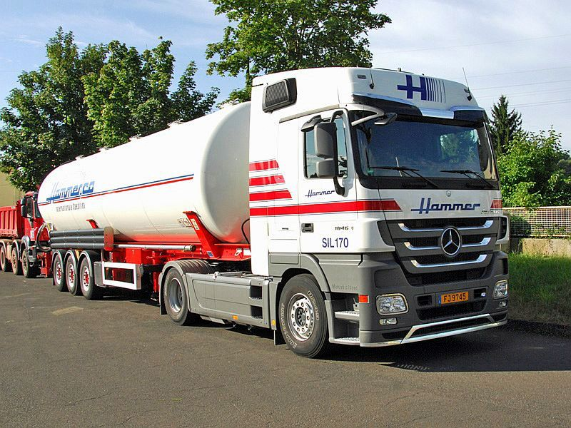 Actros Hammer