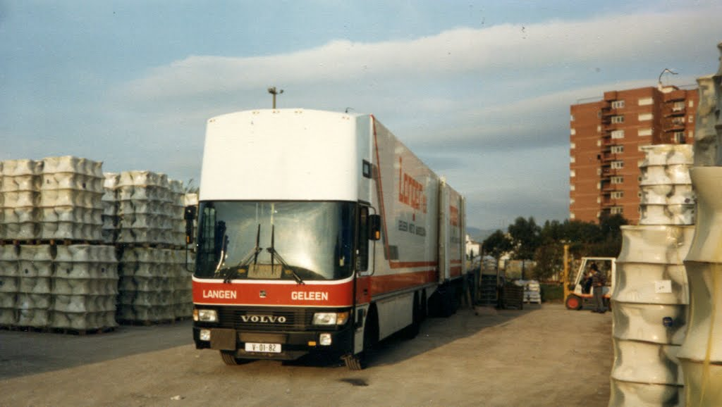1987 Roca laden in Gava