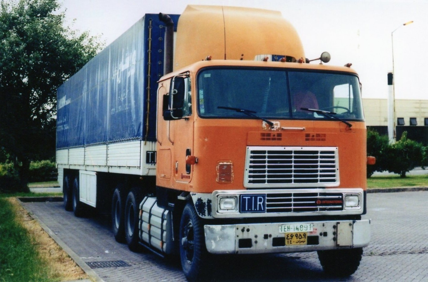 International 9670 COE