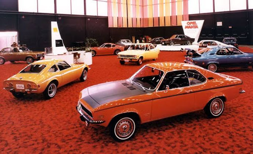 Opel showroom[1]