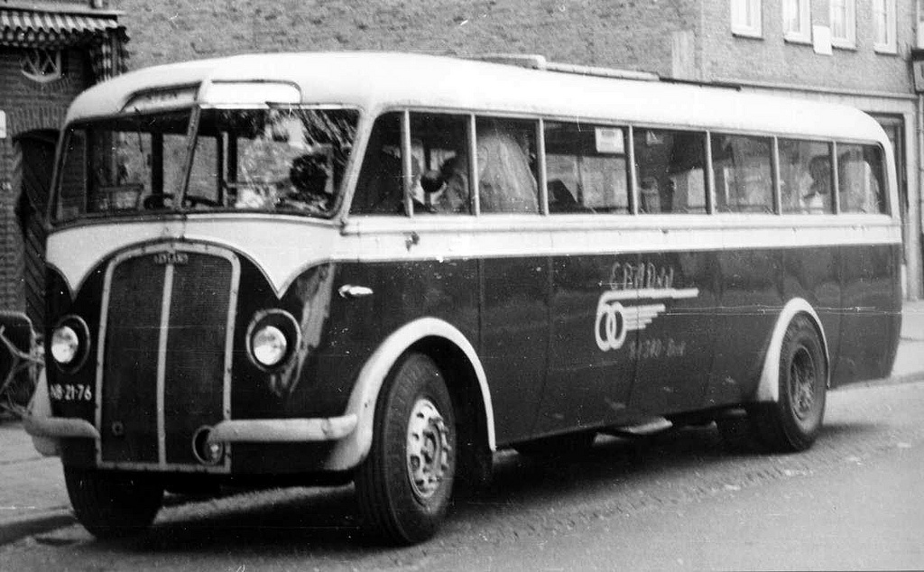 1947-leyland-tiger-ops-1-carr-kusters-1947-1952-nb