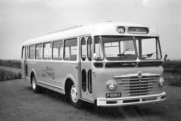 1952-kusters-bussing-ebad-1_585_392_90