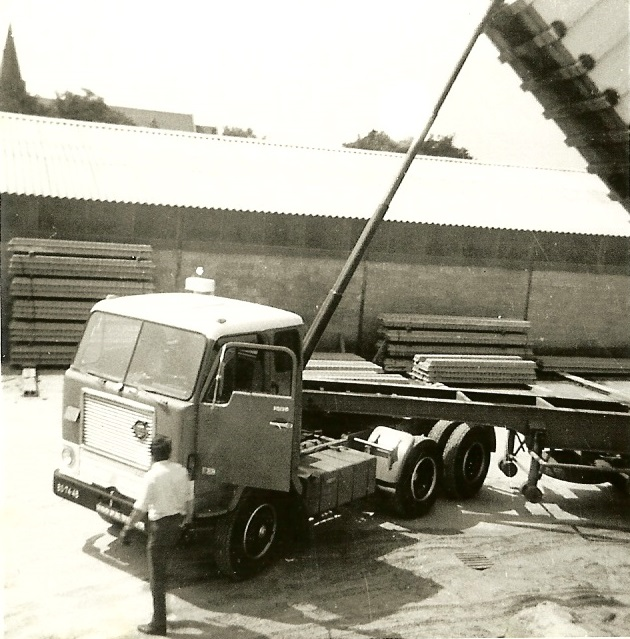 Volvo A F 88 BS-74-41
