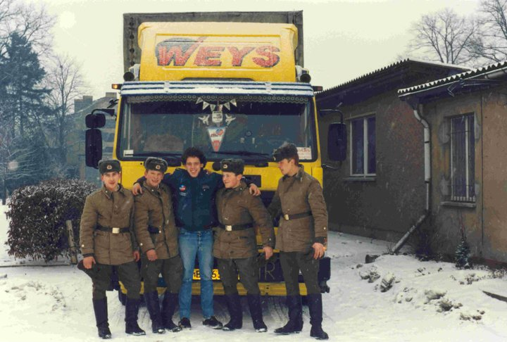 Y Laurens de Graauw1986 loadaded by former Russian soldiers East Germany.