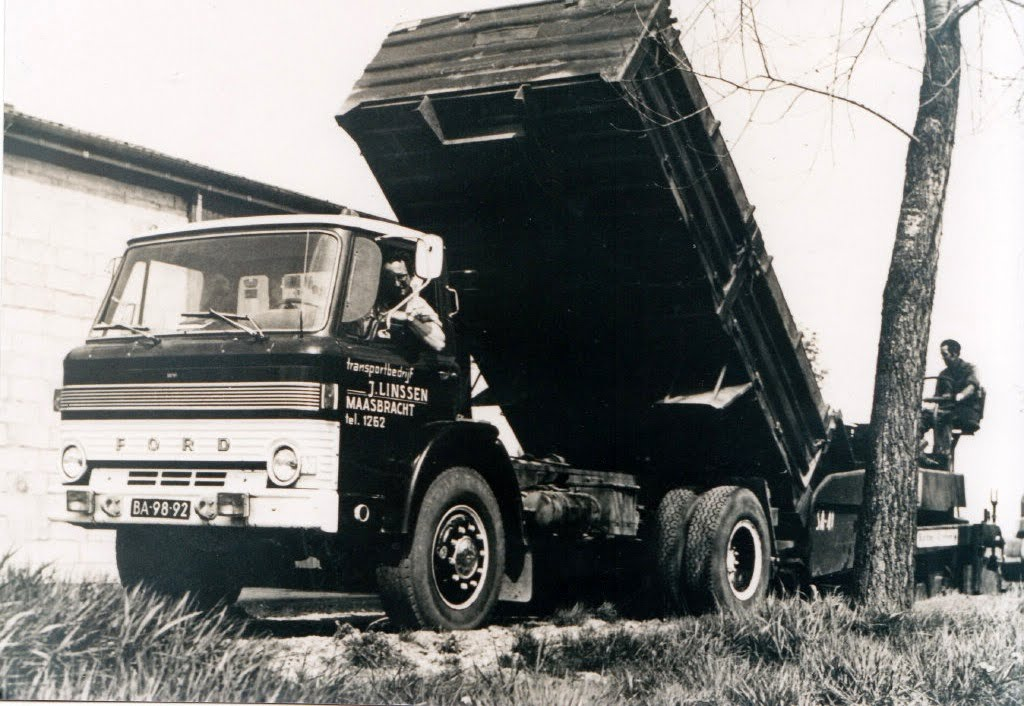 Ford D-600 1966