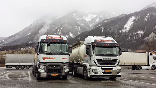 Renault    Iveco.[1]