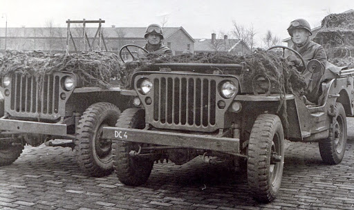 1946 Jeu in de Jeep
