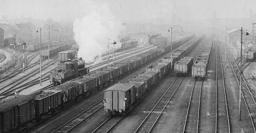 70 28-12-1956 loc 4700 in Haanrade