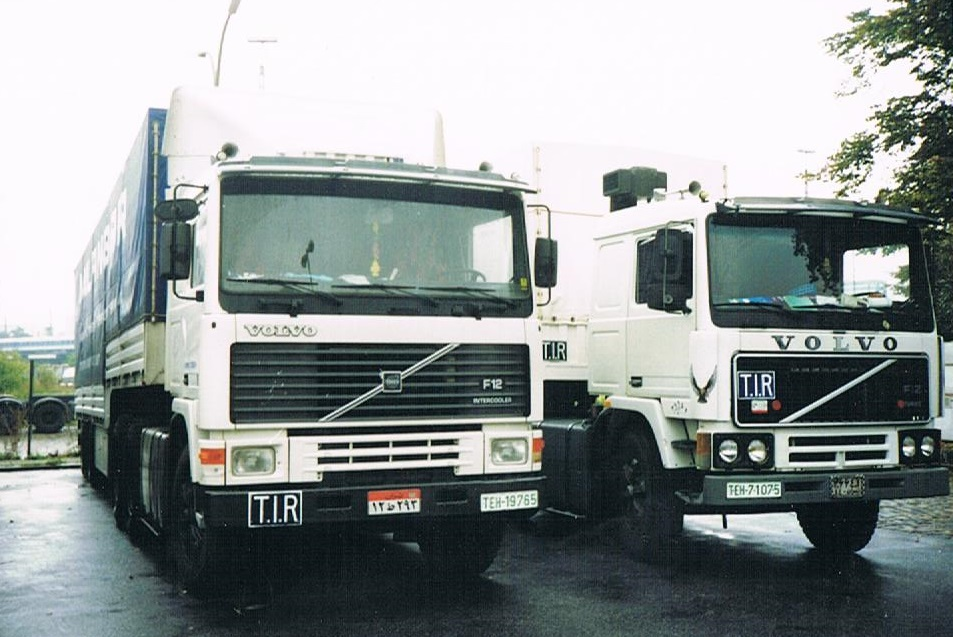 Volvo F 12 6X4 in H.H.