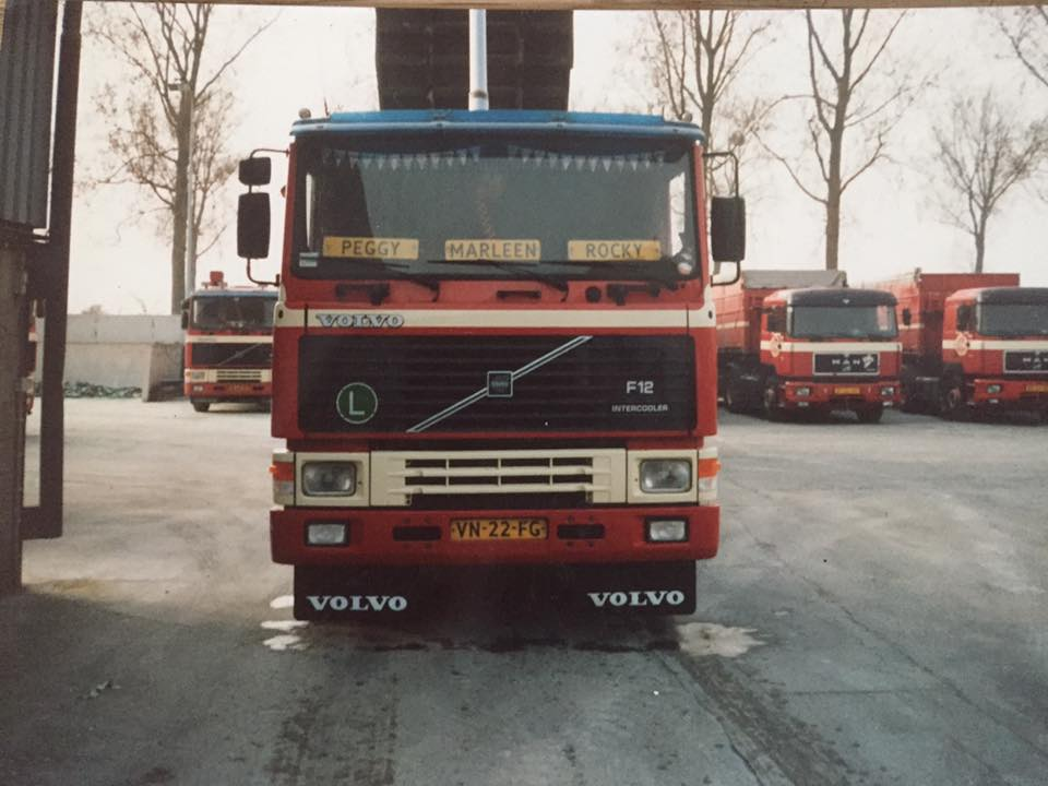 Volvo-F-12-in-Bunde