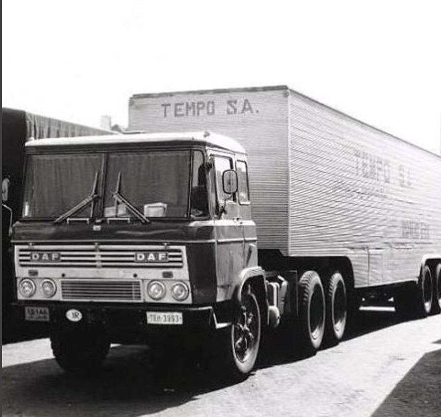 DAF-2600-6X4-internatinal-truck