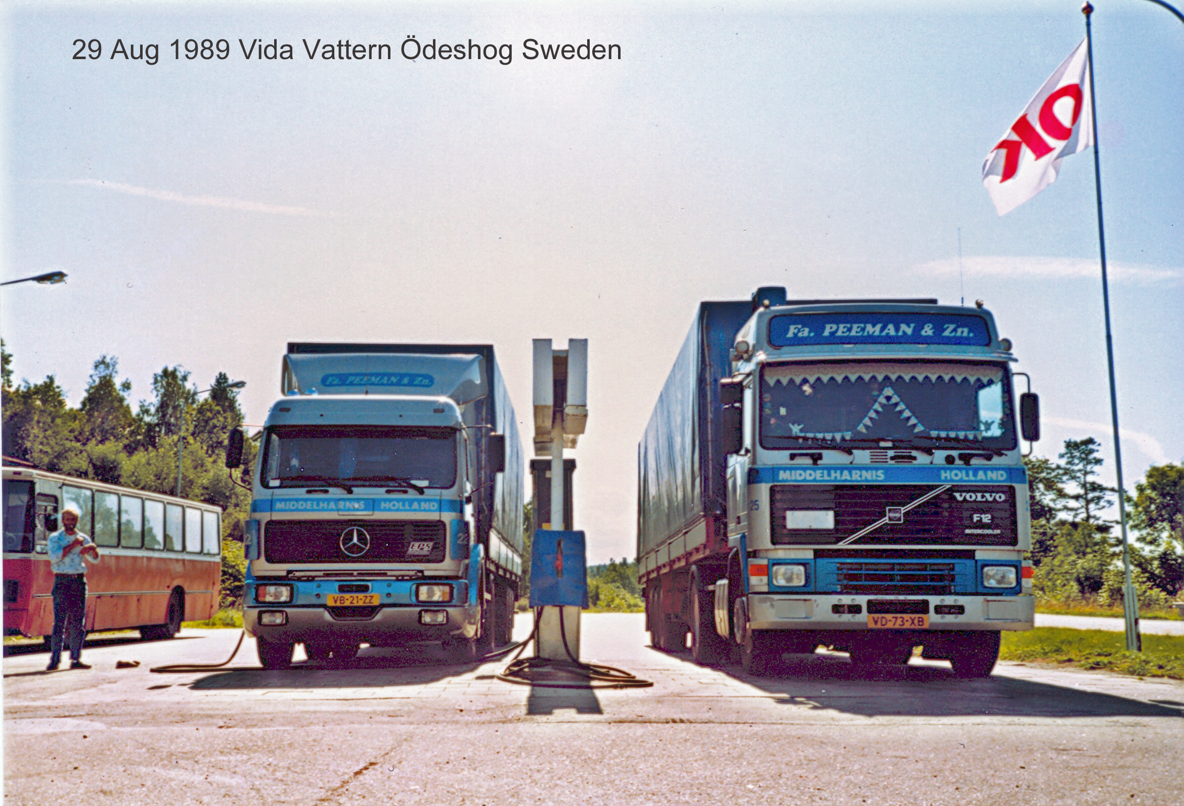 Peeman-Truck-Gasoline-stop-E4-northbound-Granna-Sweden-002--29-aug-1989