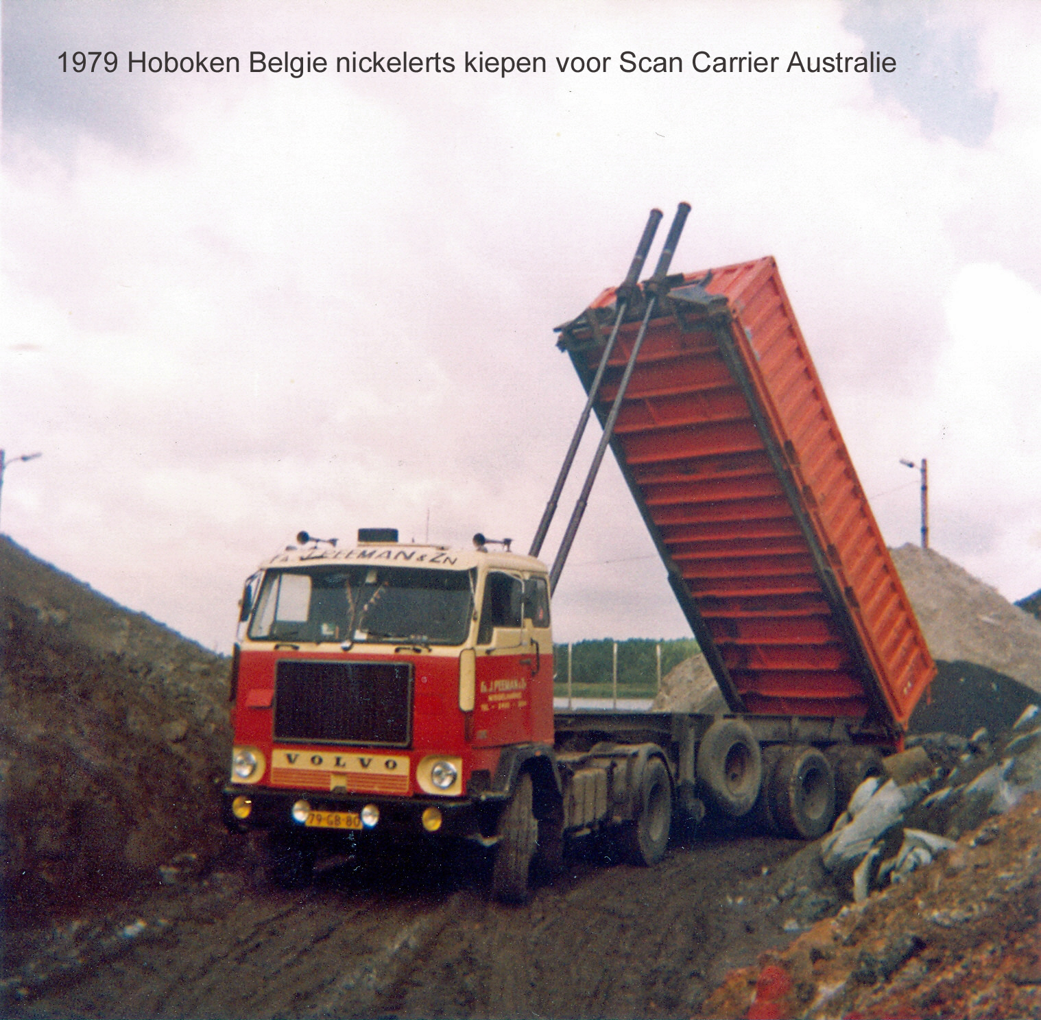 Peeman-Volvo-F88-260HP-Tipping-at-Hoboken-Belgium-for-ScanCarriers-Line-Australie