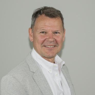 Klaus Langhoff, klanghoff@platogroup.eu Compacon