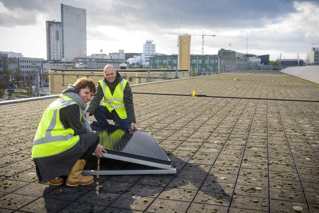 Bink Solar maakt het station van Eindhoven groener