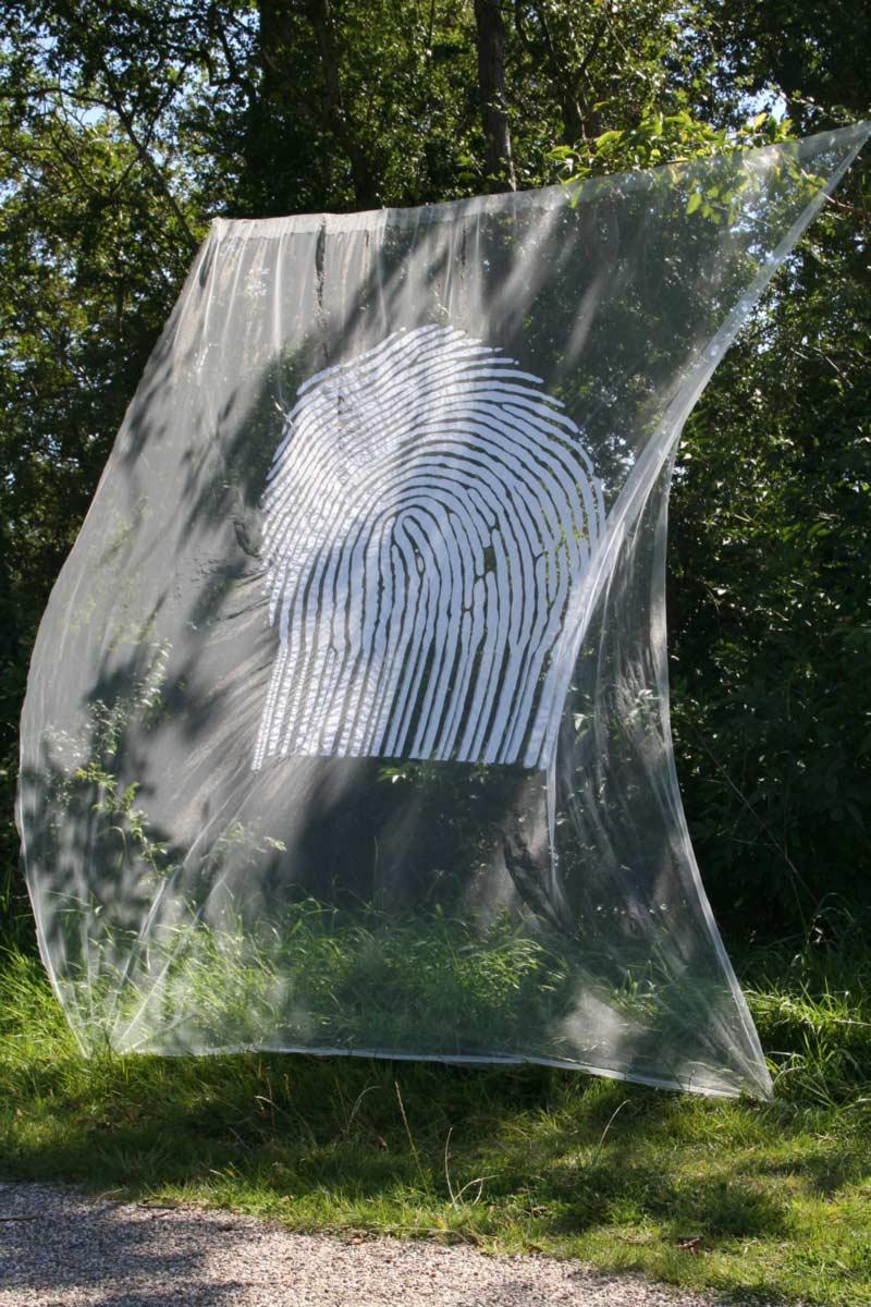 Miriam L'Herminez | traced | bruidstule katoen | 300x200