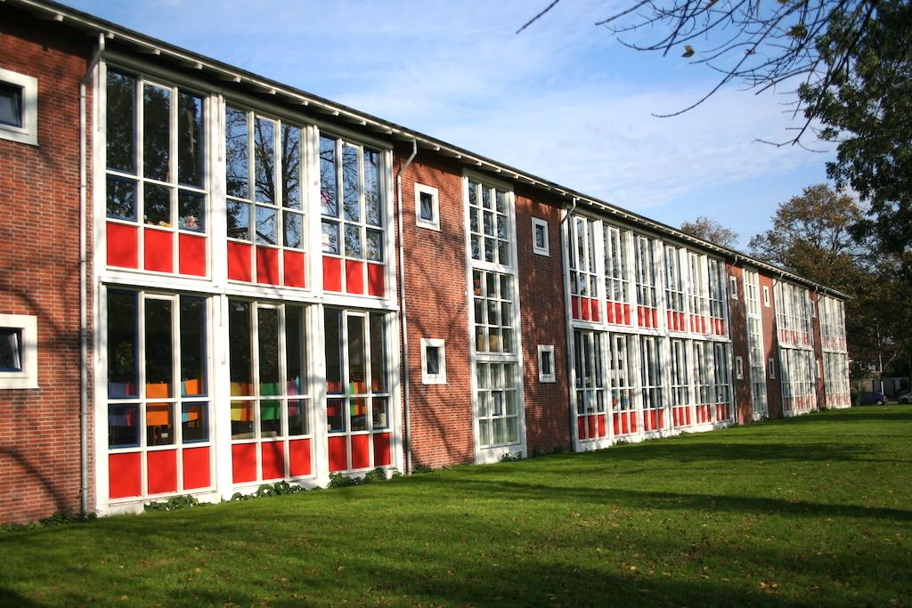 Oplevering renovatie monument Slootermeerschool