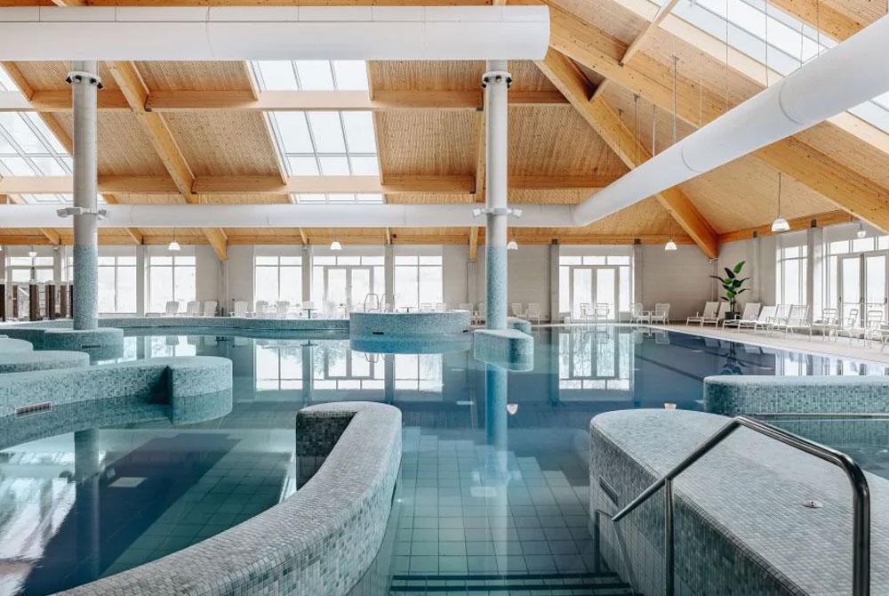Centrumgebouw Beach Resort Nieuwvliet-Bad opgeleverd