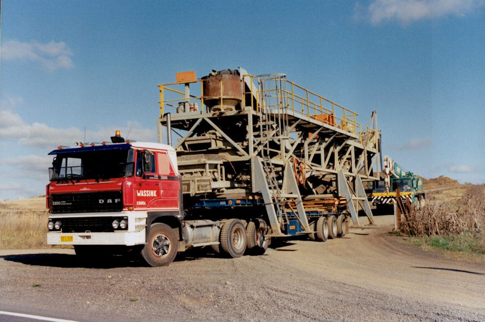 Quarry-machinery-near-Cooma