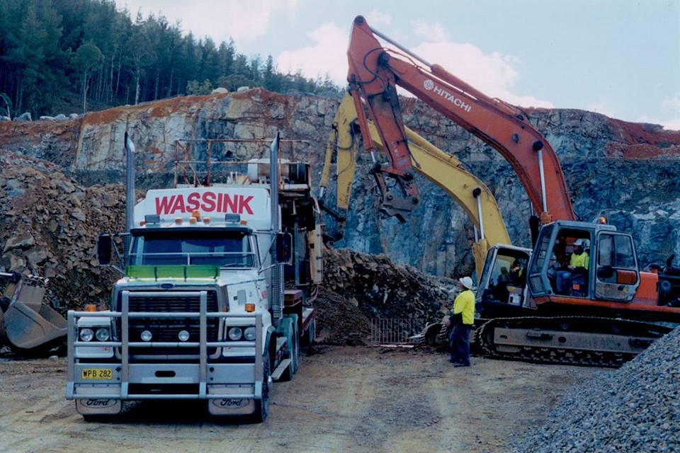 Unloading-crusher-at-Tumut