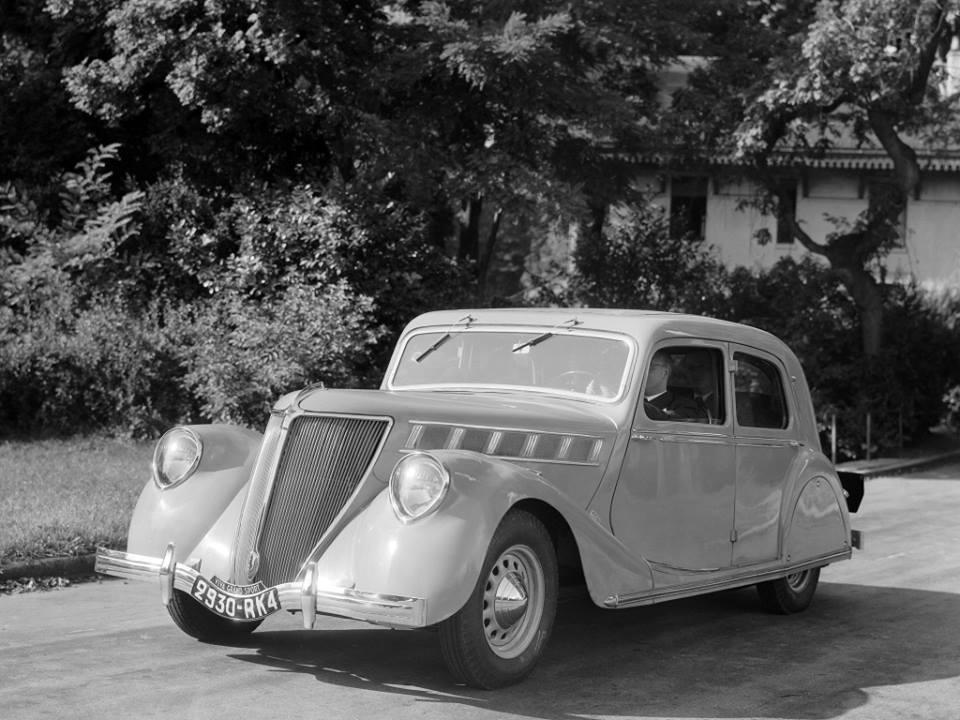 Renault-Viva-Grand-Sport-1934_39-2