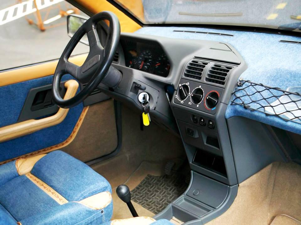 Peugeot-4X4-Agades-1989-3