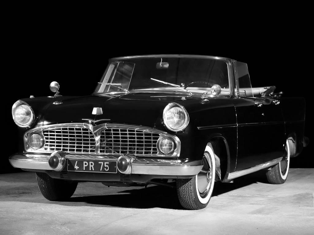 Simca-Vedette-Presidence-Cabriolet-1957-1