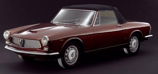 Alfa-Romeo-2000-Spider-Touring