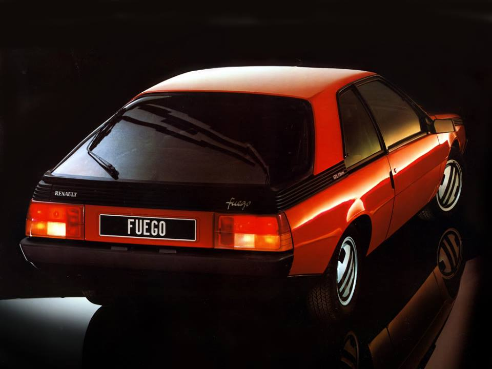 Renault-Fuego-GTX-1981_86-3
