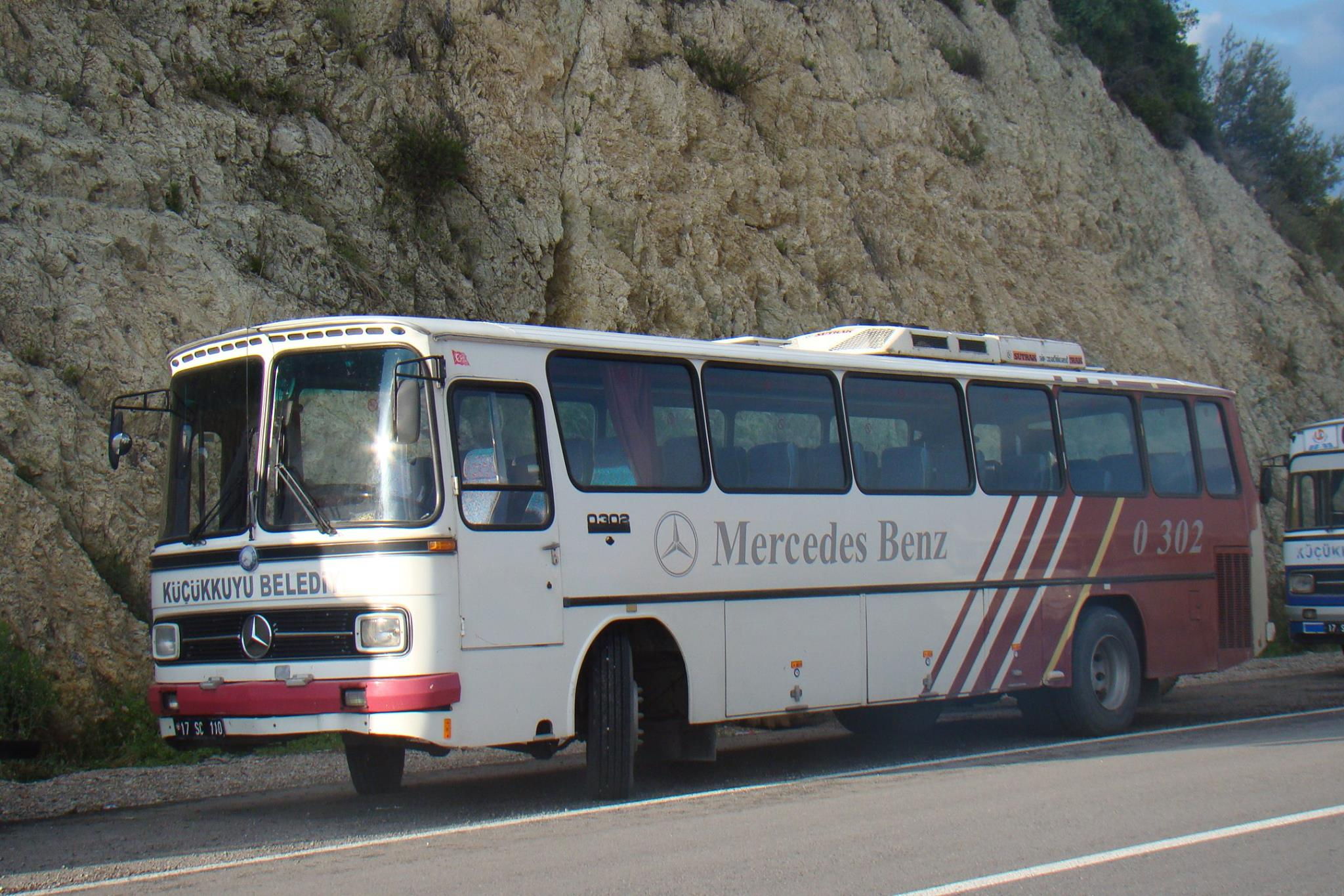 Mercedes-0-302--Efsane[1]