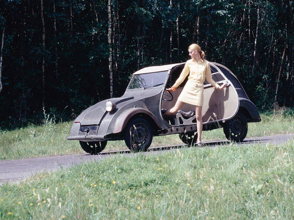 Citroen-2CV-Prototype-1939--4