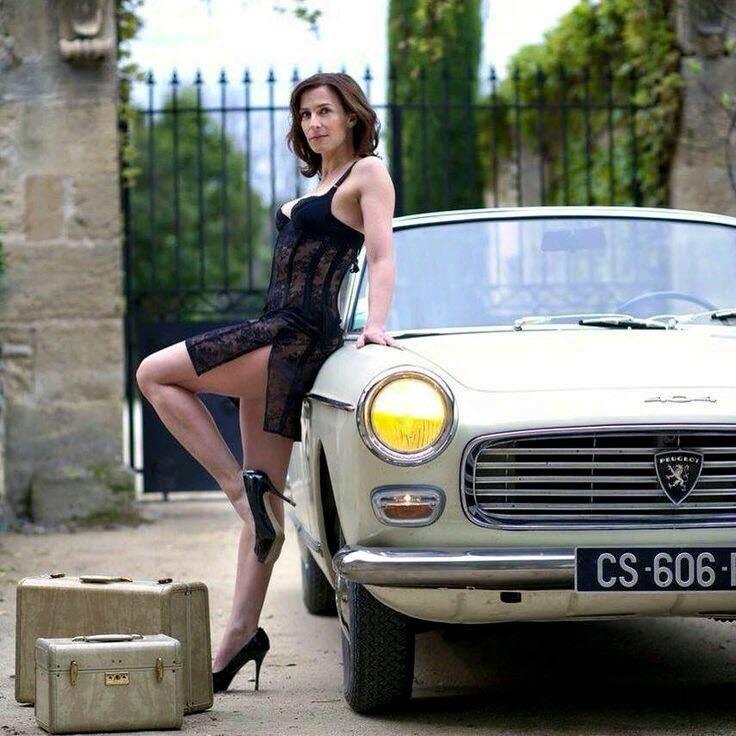 Peugeot-404-Cabrio