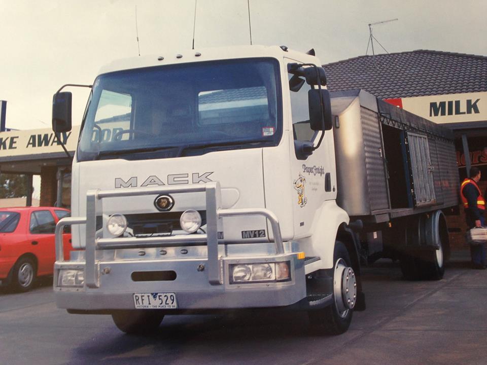 Mack-Australie-_-New-Seeland-2