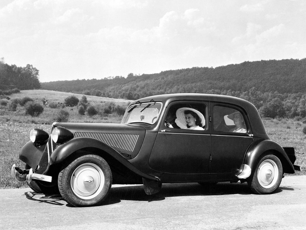 Citroen-Traction-Avant-11-CV-Berline-11-BL-1937_40-1