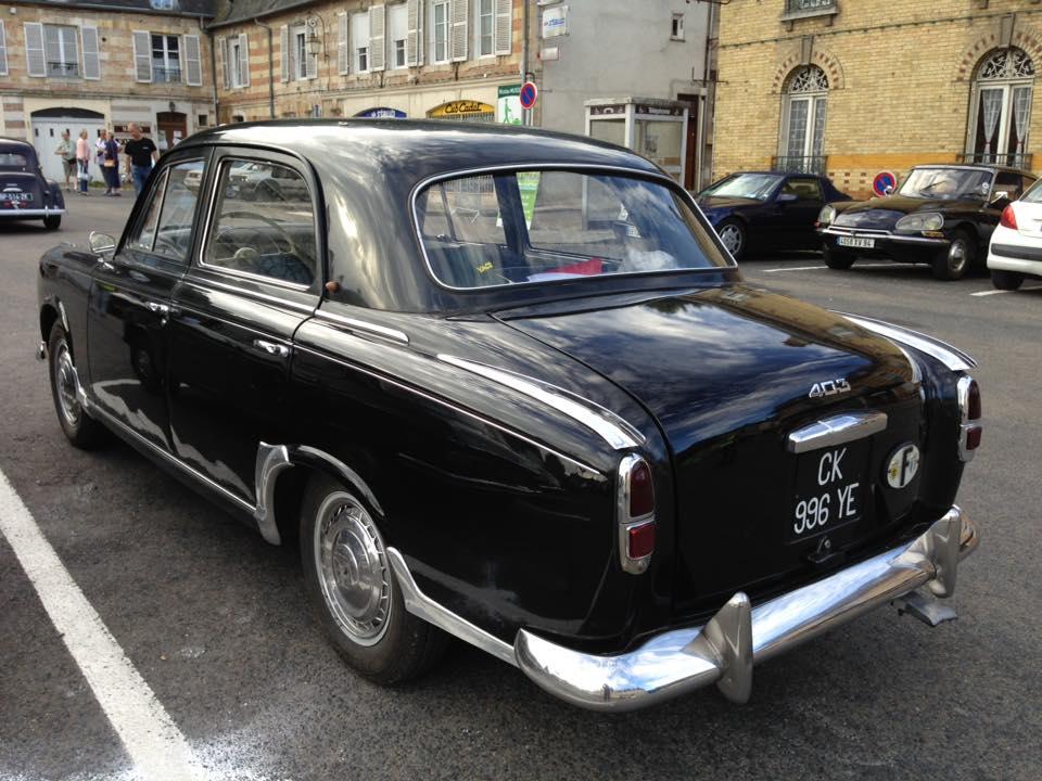 Peugeot-403-2