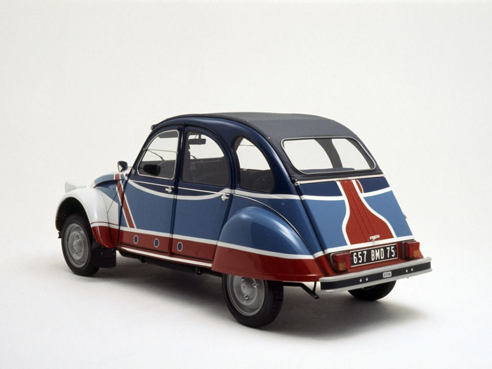 Citroen-2CV-6-Basket-1977-2[1]