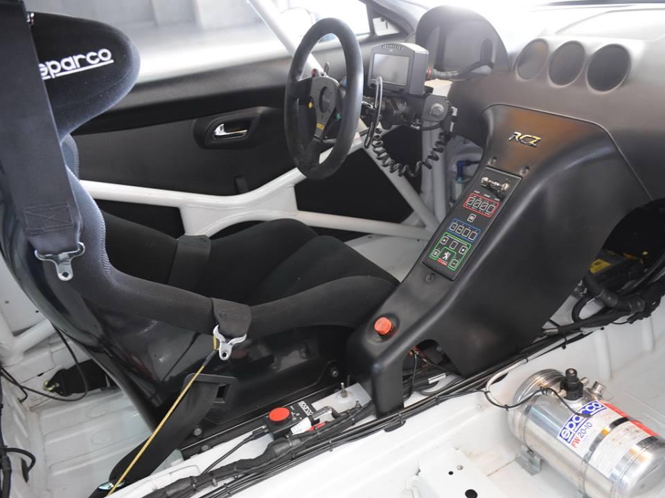Peugeot-RCZ-R-acing-2014-2