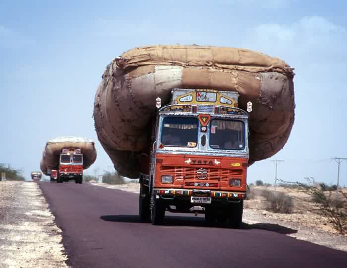 overloaded-truck-india-