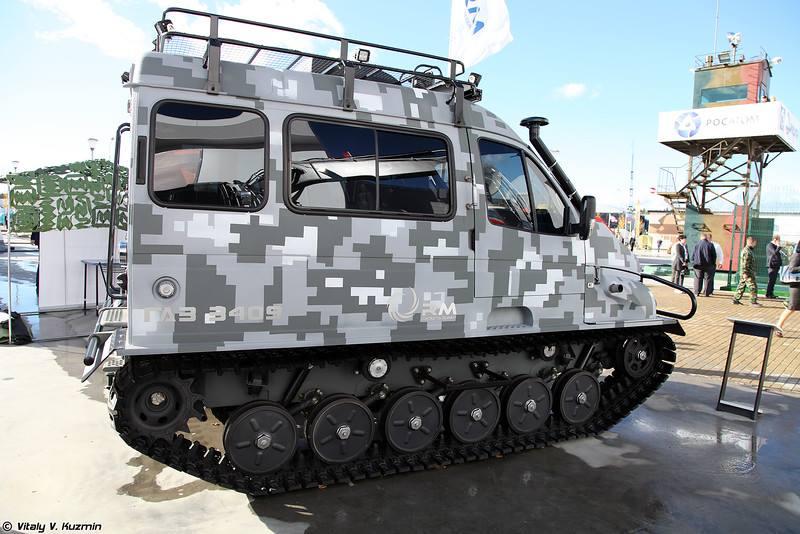 GAZ_3409-Amphibious-Tracked-2