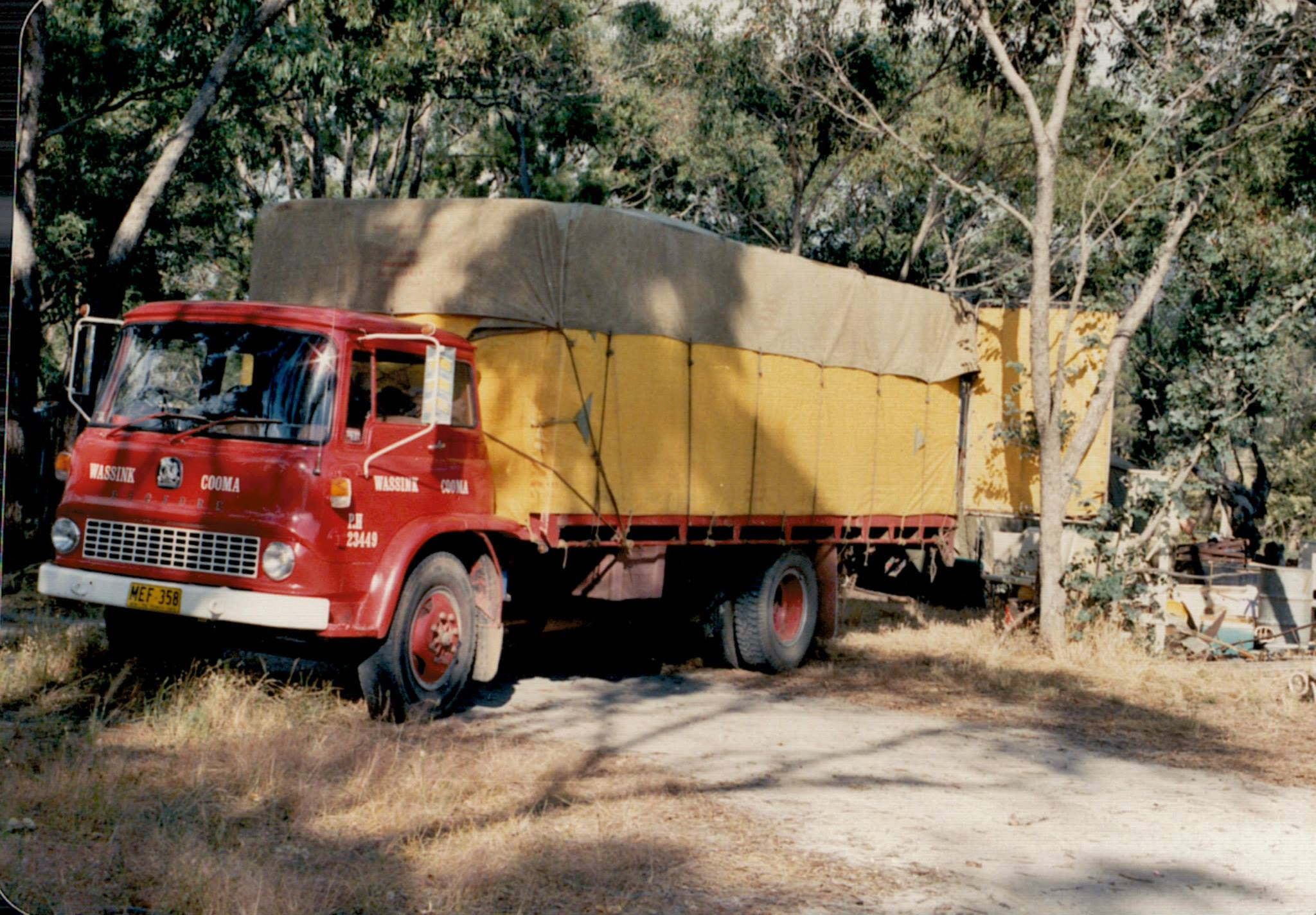 z-First-truck-of-Wassink-Cooma-Bedford-Unloading-in-Victoria